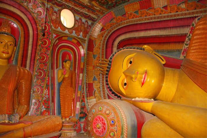 About Dambulla Cave Temple