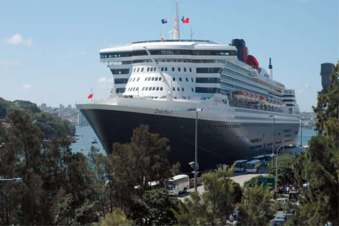Arabian Gulf and Emirates Voyage Cruise