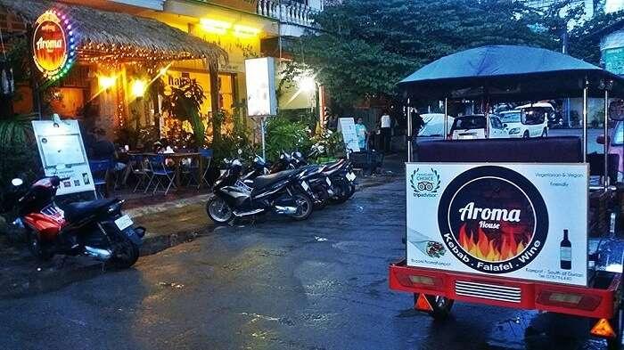 outside of Restaurant