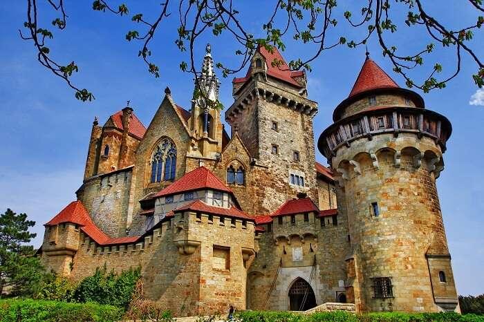 Castles In Austria (Cover)