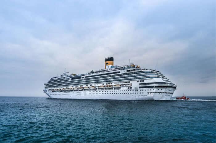 Holiday Arabia & Asia Cruise 8867 A