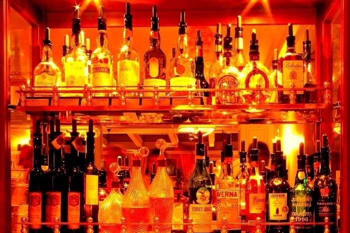 Liquor_Cabinet_