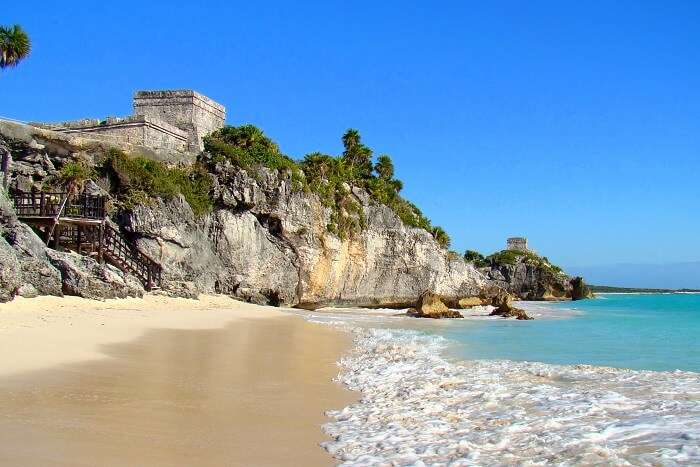 most stunning beaches in Belize
