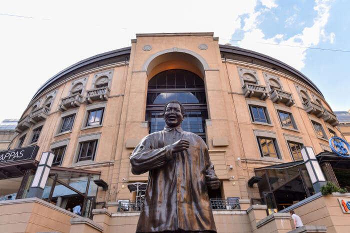 Statue of Mandela at Nelson Mandela Square