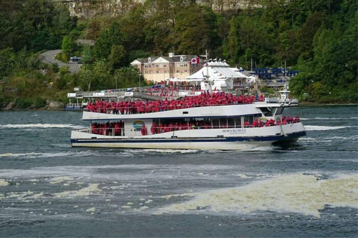 Niagaran Wonder boats