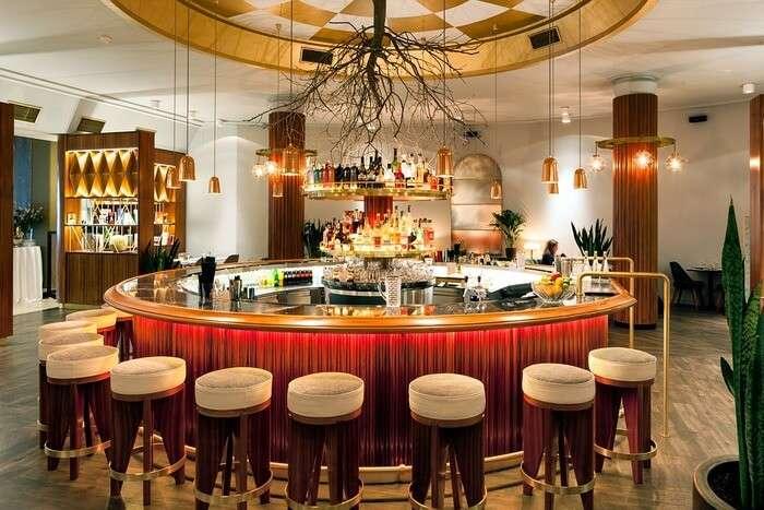 Excellent Bar