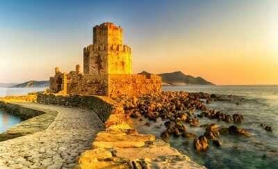 castles put a charm