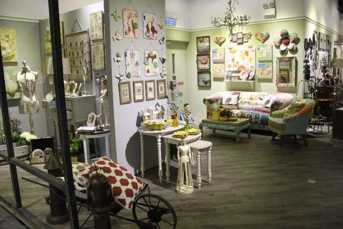 daly's irish shop, shopping in lucrene
