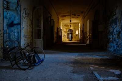 Haunted Places In New Jersey (cover)