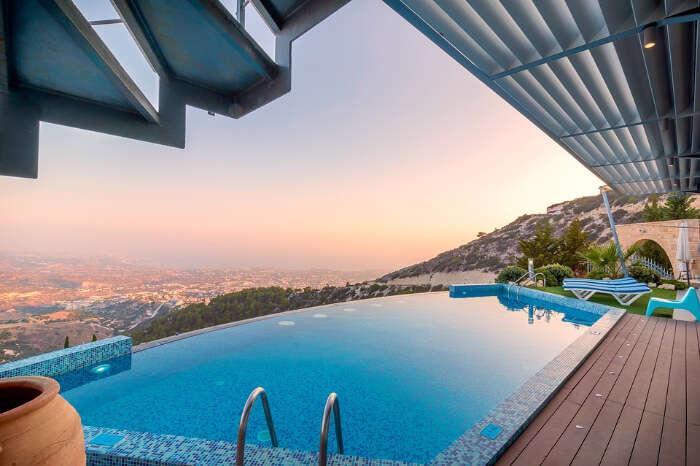 an infinity pool in a luxury villa