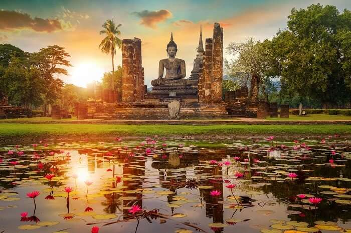 Sukhothai Historical Park: A Practical Guide to Exploring the History of the Country