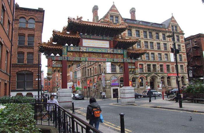 Take a tour of Chinatown