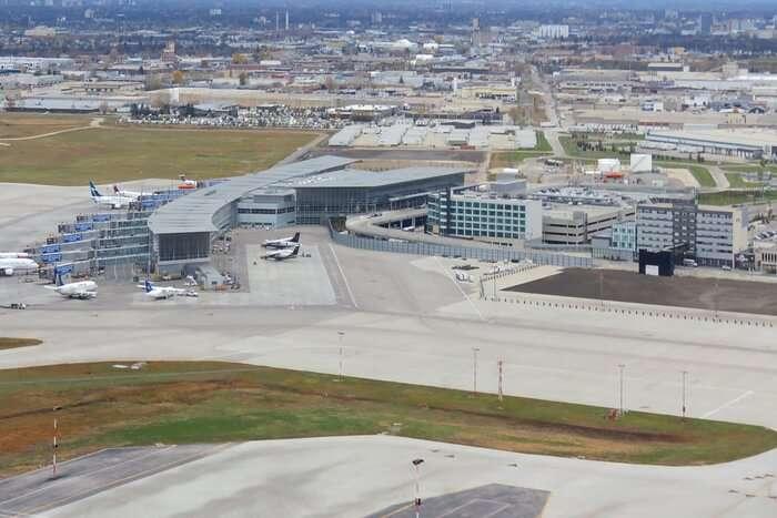Winnipeg_James_Armstrong_Richardson_International_Airport