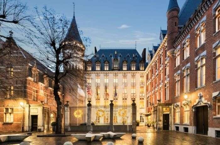 10 Best Castles In Bruges One Must Definitely Visit In Europe!