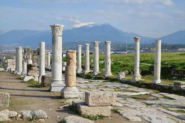 Explore Laodicea