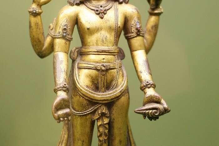Go to the Shri Vishnu Temple to seek some blessings