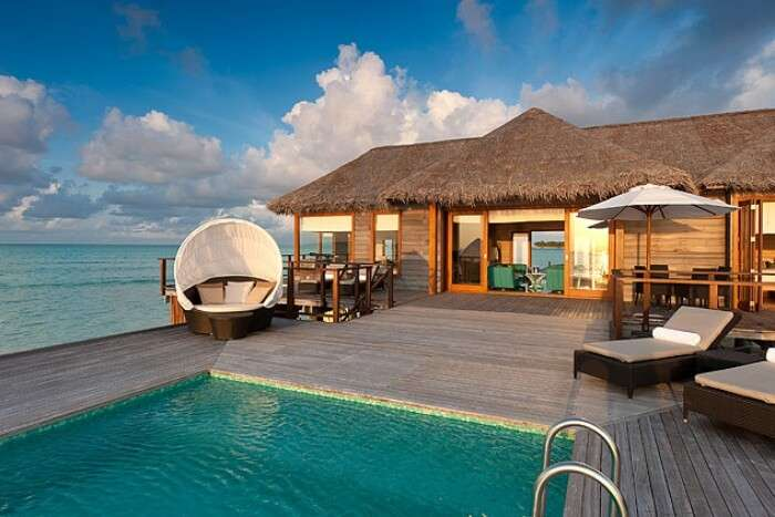 Kaafu Atoll resorts