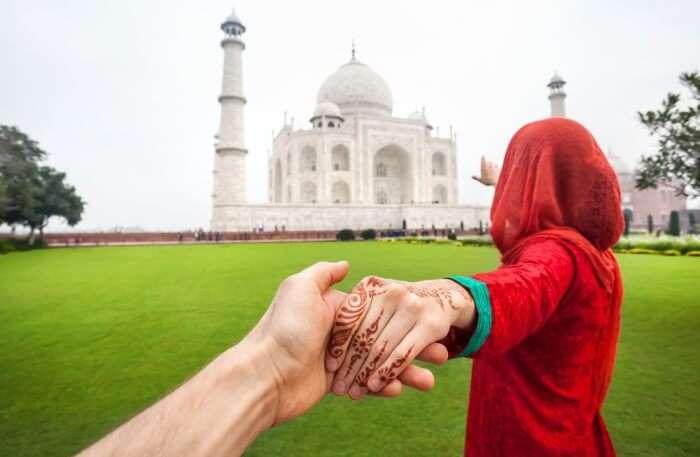 Agra Taj Mahal Couple View