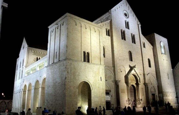 Basilica_di_San_Nicola