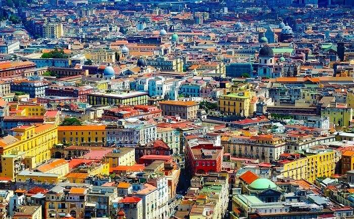 Shopping In Naples 10 Spots For An Ideal Retail Therapy In 2021