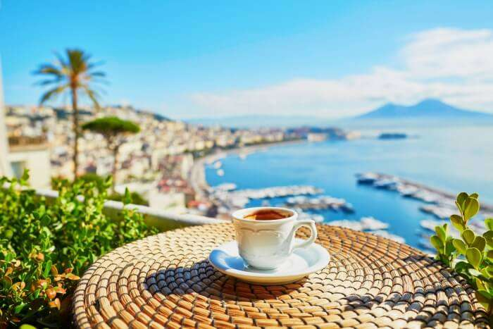 Cafes In Naples