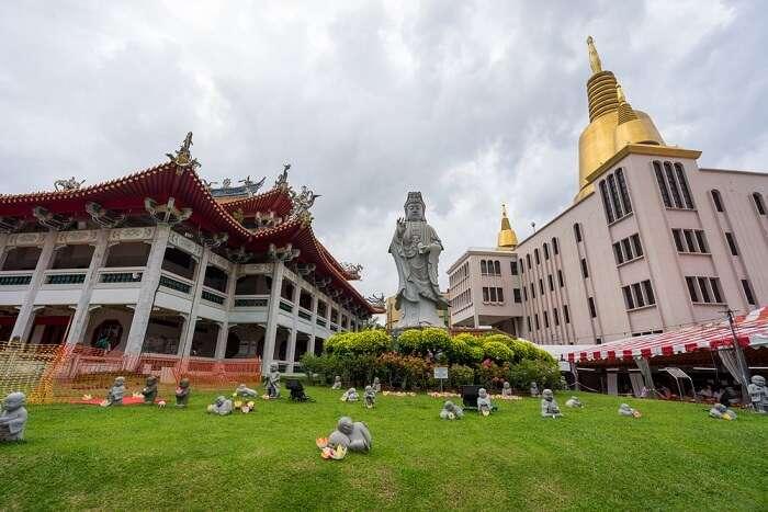 Cover for Kong Meng San Phor Kark See Monastery