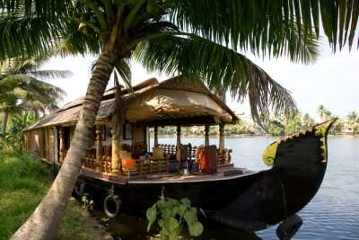 Most Romantic Honeymoon Places In South India