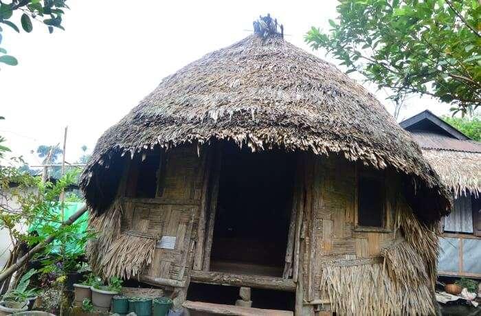 spot the hut