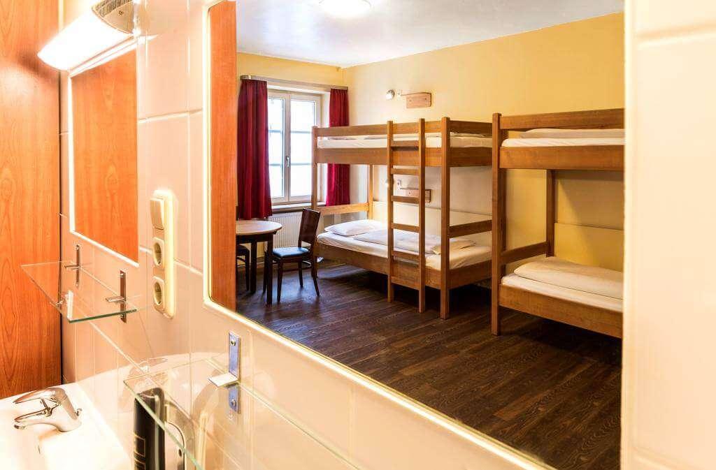 Euro Youth Hotel