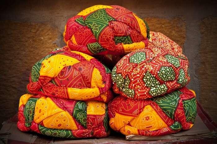 Ghanta Ghar Bazaar in Udaipur shopping