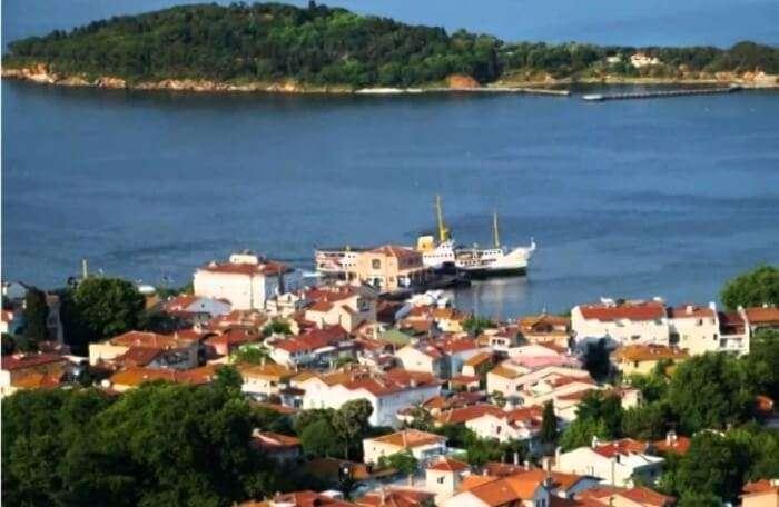 Kaşık Island