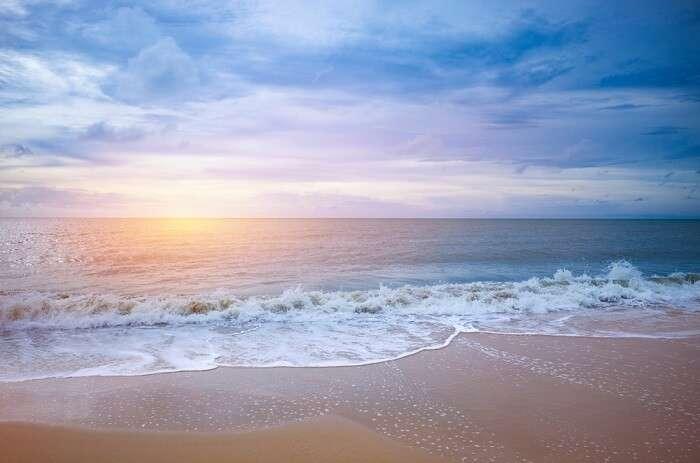 Kalpitiya Beach BEST TIME TO VISIT