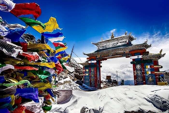 famous tawang valley gate in arunachal
