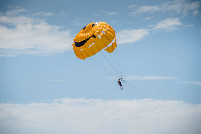 Amazing Adventurous Paragliding
