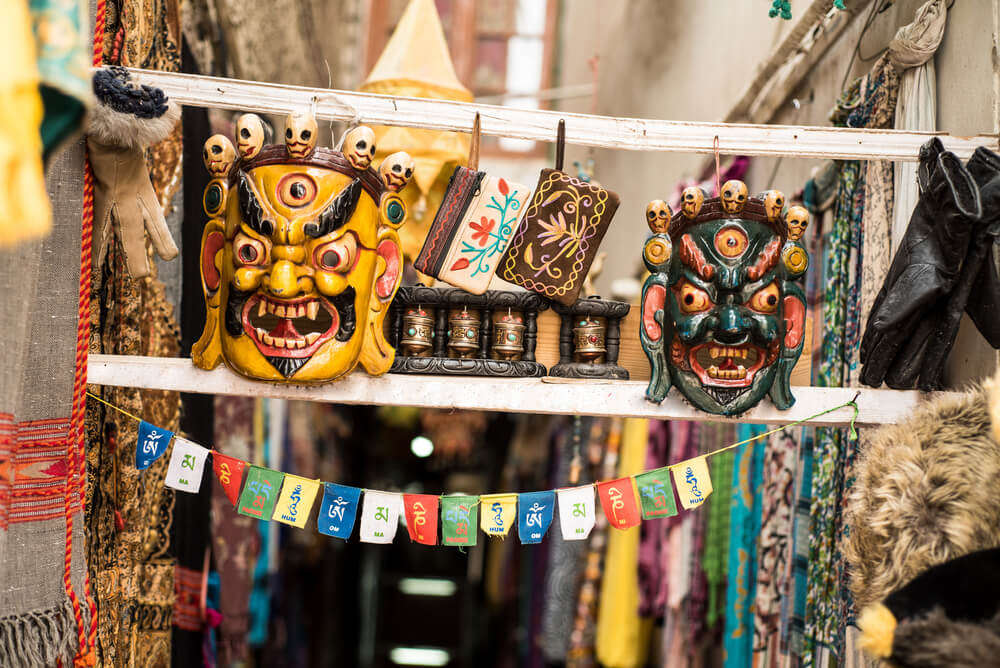 tibetan market in mount abu