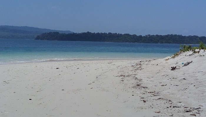 Jolly-Buoy-Island1