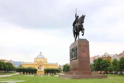 famous square in Zagreb