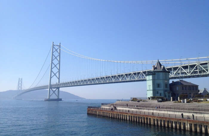 Facts Anbout Akashi Kaikyō Bridge