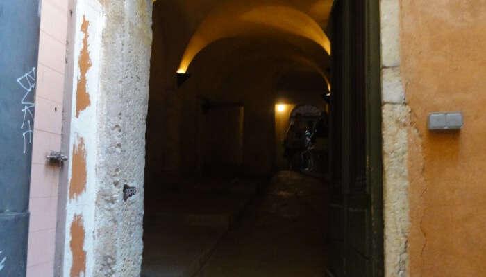 Traboules Secret Passage
