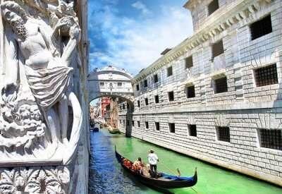 gondola ride to bridge of sighs