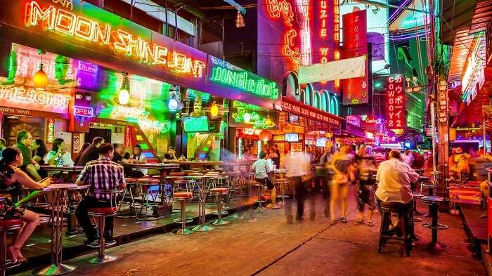 lopburi streets at night