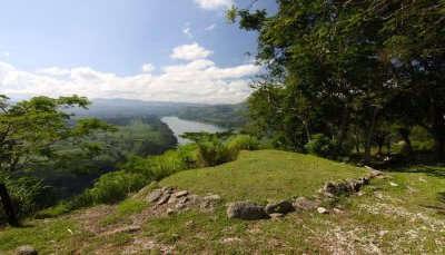Tavuni Hill Fort