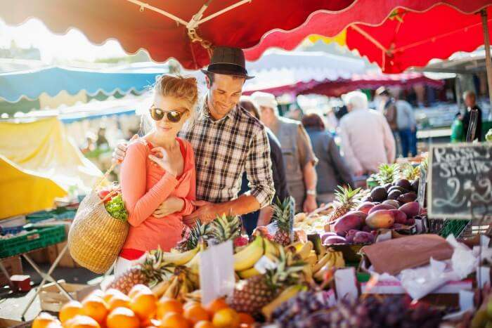 Couple in a farmer market