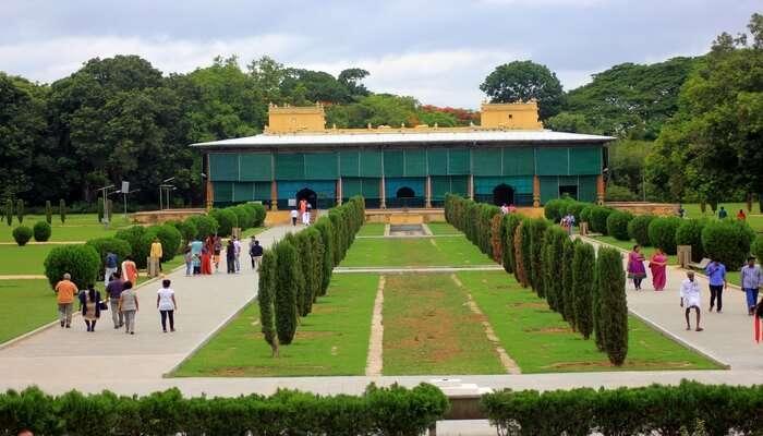 Catch a breath of fresh air at the lush Rasrani Bageecha
