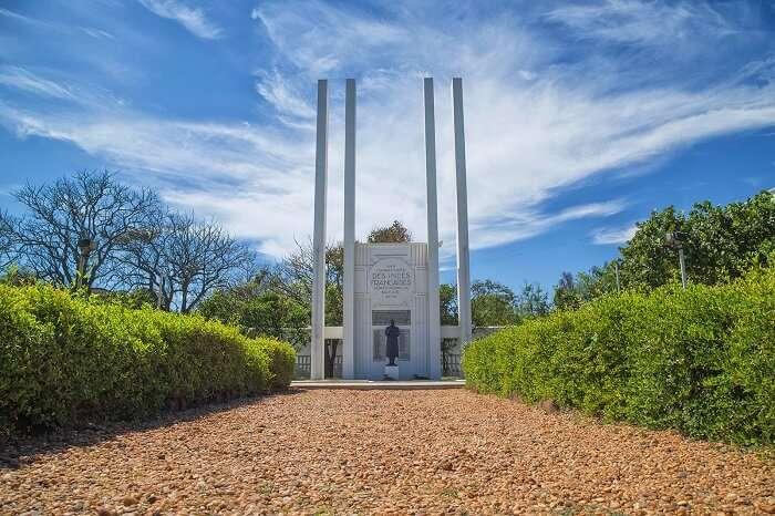 French War Memorial in Pondicherry