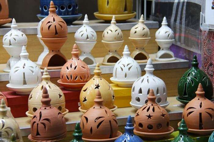 Muscat Clay Market Souq People Ceramic Pottery