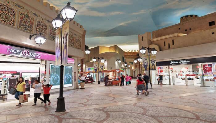 Shopping_Mall_In_Dubai cover