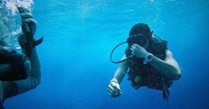 Scuba diving in Bangkok Koh Dok Mae