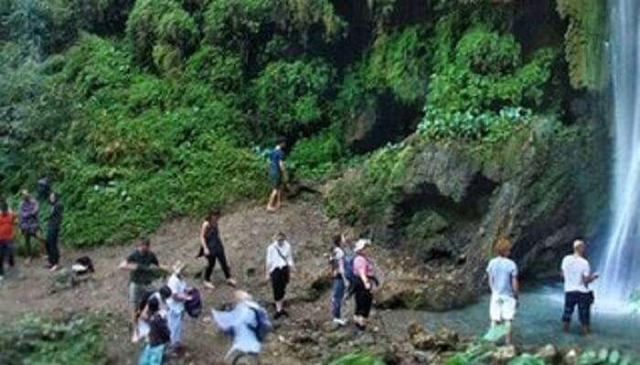Phool Chatti Waterfall