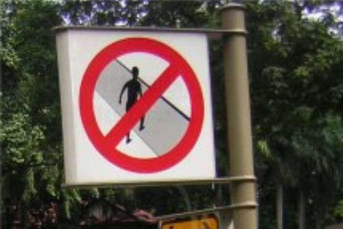 Avoid Jaywalking